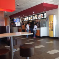 Photo taken at McDonald's by Jorge G. on 9/22/2013