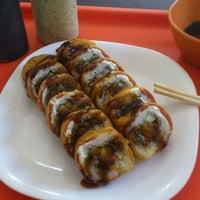 Foto tomada en Sticks Sushi + Ensaladas + Pastas por Martín S. el 5/7/2013