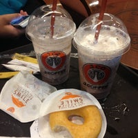 Photo taken at J.Co Donuts & Coffee by Nur Indah R. on 4/30/2013