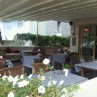7/16/2013 tarihinde Yusuf B.ziyaretçi tarafından Cucina Makkarna'de çekilen fotoğraf