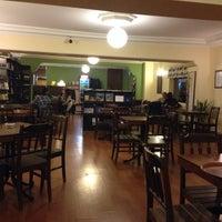 10/29/2013 tarihinde Ercan E.ziyaretçi tarafından Piraye Cafe'de çekilen fotoğraf