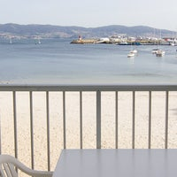 Photo taken at hotel o son do mar sanxenxo by Fidel B. on 4/20/2013
