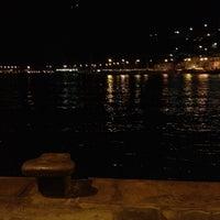 รูปภาพถ่ายที่ Marina Grande โดย Alessandro A. เมื่อ 1/29/2012