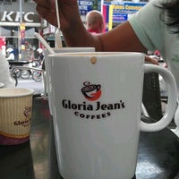Photo taken at Gloria Jeans Coffees Bukit Bintang Plaza (GJC BB Plaza) by Herkko V. on 1/24/2012