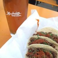 5/30/2012에 Tasha H.님이 Anaheim Brewery에서 찍은 사진