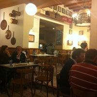 Foto tomada en Cafe Bar Roy por Lorena G. el 4/24/2011