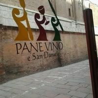 Foto scattata a Pane Vino e San Daniele da Luisella F. il 5/1/2013