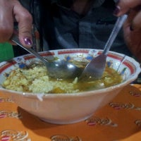 Photo taken at Soto daging lamongan (soto dok) by Edy K. on 11/30/2012