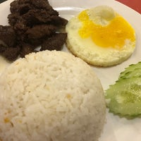 Photo taken at Laguna Mabuhay Restaurant by Gilbert G. on 3/13/2018