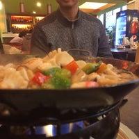Foto tomada en Panda China Restaurante por Carlitos L. el 6/1/2014