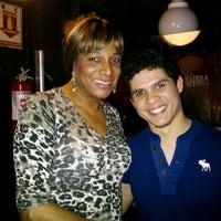 Foto tirada no(a) Queen Disco Bar por Anderson N. em 10/15/2013