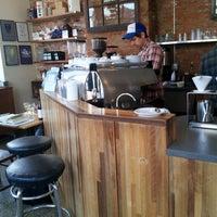 3/18/2014 tarihinde David S.ziyaretçi tarafından Ultimo Coffee @ Brew'de çekilen fotoğraf