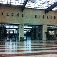 Photo taken at Firenze Santa Maria Novella Railway Station (ZMS) by Ederson L. on 1/30/2013