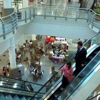 Photo taken at Shopping Jardim das Américas by Michel K. on 1/18/2013