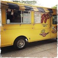 Photo taken at JJ's Hot Dog Truck by Domenick Raymond on 9/24/2014