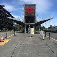 Photo taken at Federal Way Transit Center by Joshua S. on 6/13/2016
