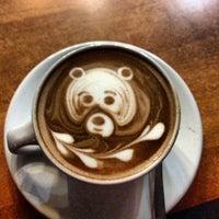 Foto tomada en Ah Cacao Chocolate Café por Armando H. el 4/26/2013
