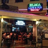 4/24/2013 tarihinde Hasan D.ziyaretçi tarafından Elma Pub & Beercity'de çekilen fotoğraf