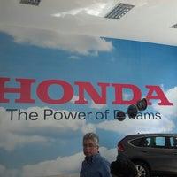 Photo taken at Honda Autoceiba Sur by Diego V. on 8/3/2013