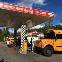 Photo taken at Bus Burger / Pika Kievari by Johanna K. on 8/27/2016