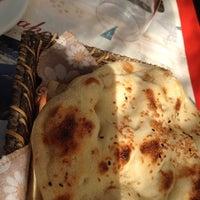 Das Foto wurde bei Köyüm Bahçe Restaurant von Aysu O. am 10/11/2014 aufgenommen