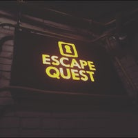 Photo taken at Escape Quest на Подоле by Darina Y. on 4/1/2016