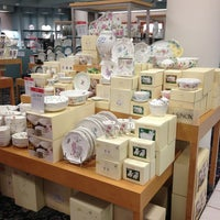 Photo taken at Macy's by Nurdan o. on 5/16/2013