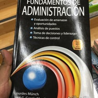 Photo taken at Librería Porrúa by Jesús T. on 1/23/2016
