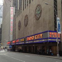 Foto scattata a Radio City Music Hall da Y. Angela L. il 4/28/2013