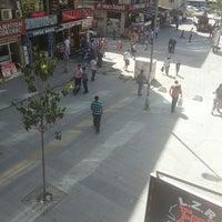 5/18/2013 tarihinde Tuğba E.ziyaretçi tarafından Şirinevler Meydanı'de çekilen fotoğraf