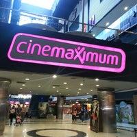 6/30/2013 tarihinde Lütfüinceziyaretçi tarafından Cinemaximum'de çekilen fotoğraf