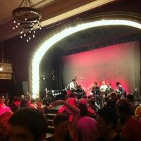 Photo prise au Century Ballroom par Loren Y. le5/26/2013