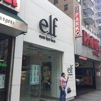 Foto scattata a Elf Cosmetics HQ da Jen M. il 6/8/2018