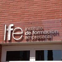7/12/2013に Victor G.がInstituto de Formación Empresarial de la Cámara de Madrid (IFE)で撮った写真