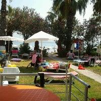 8/17/2013 tarihinde Kenan Ç.ziyaretçi tarafından Meteor Beach'de çekilen fotoğraf