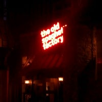 Photo taken at The Old Spaghetti Factory by MAricza T. on 9/25/2011