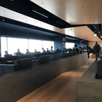 11/26/2017 tarihinde Toshiya J.ziyaretçi tarafından Power Lounge South'de çekilen fotoğraf