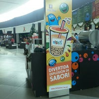 Photo taken at Booba Boom Plaza Las Americas by Joab V. on 12/1/2013