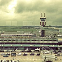 Das Foto wurde bei Rotterdam The Hague Airport von Emrah Y. am 6/24/2013 aufgenommen