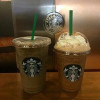 Photo taken at Starbucks by Jniejny K. on 7/28/2017