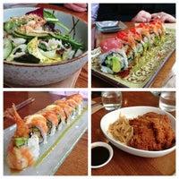 Photo prise au Akiko's Restaurant & Sushi Bar par Chris D. le7/15/2013