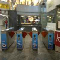 Photo taken at Orchard MRT Station (NS22) by ibnu r. on 5/24/2013