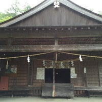Photo taken at 劔神社 by monchhichi™ on 7/23/2016