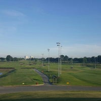 Photo taken at My Golf Kaki @ Marina Bay Golf Course by Ochurup on 5/4/2016