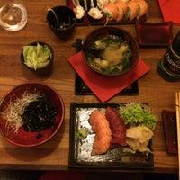 Снимок сделан в Oto Sushi пользователем Constance  . 12/30/2016