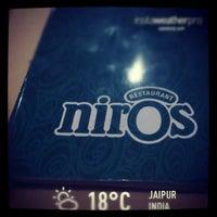 รูปภาพถ่ายที่ Niros โดย Farid J. เมื่อ 1/26/2013