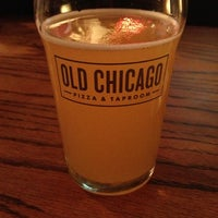 Photo taken at Old Chicago Pizza & Taproom by Jill L. on 5/25/2013