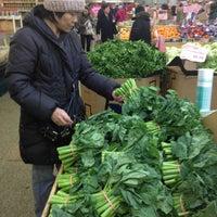 2/4/2013にJeff S.がHong Kong Supermarket 香港超級市場で撮った写真