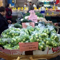 4/29/2013にJeff S.がHong Kong Supermarket 香港超級市場で撮った写真