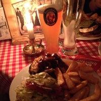Das Foto wurde bei White Trash Fast Food von Bruno am 7/11/2013 aufgenommen